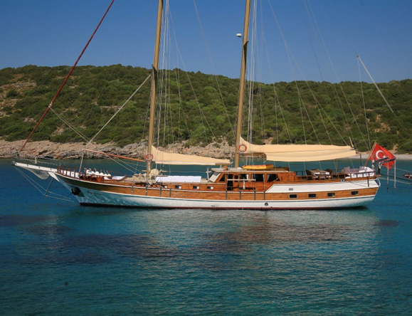 27 m traditional gulet for charter in turkey