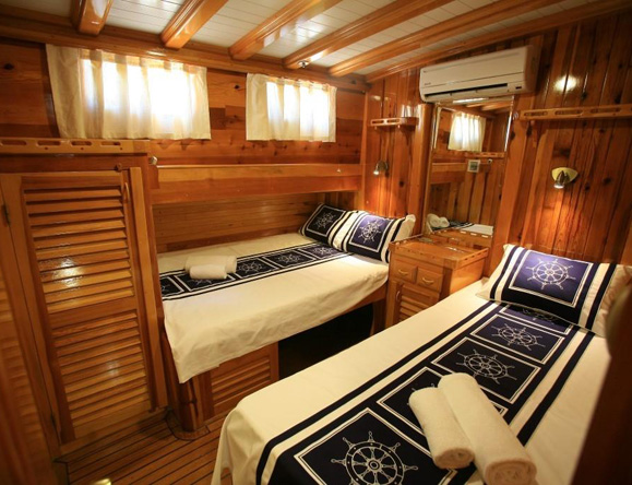 2 en suite cabins with twin beds