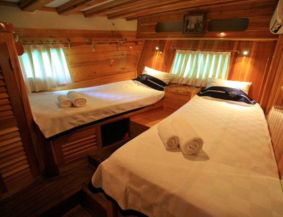 4 en suite cabins with double and a single bed